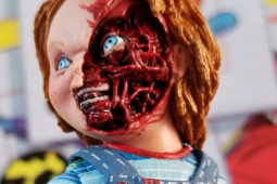 Review: NECA's Ultimate Chucky Figure